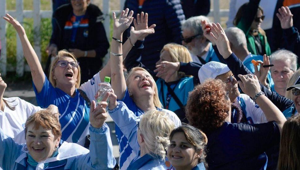 Juegos Abuelos Bonaerenses 2019: la delegación linqueña viaja a Mar del Plata