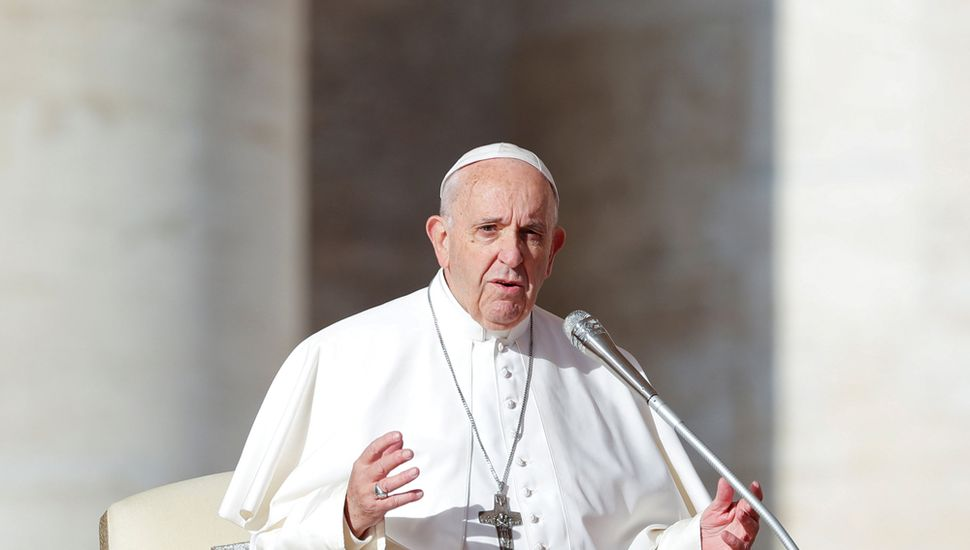 El Papa Francisco promueve a mujeres  en la Iglesia, pero no al sacerdocio