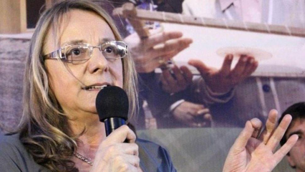 Estatales pedirán juicio político a Alicia Kirchner