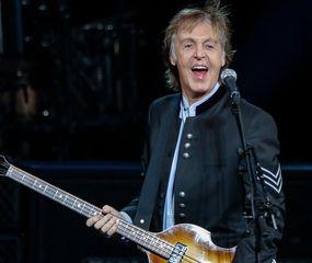 Paul McCartney cumplió 78 años y pide un increíble regalo a sus fanáticos