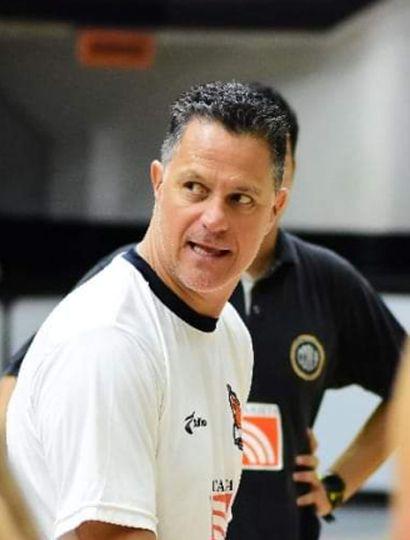 Adrián Capelli.