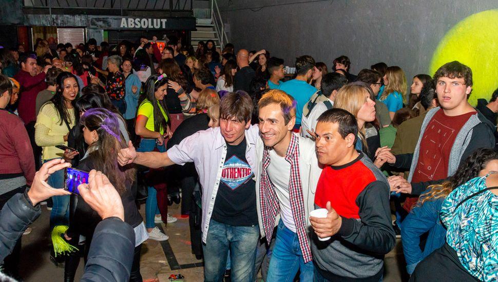 Petrecca participó del festejo con los jóvenes en Mind Club.