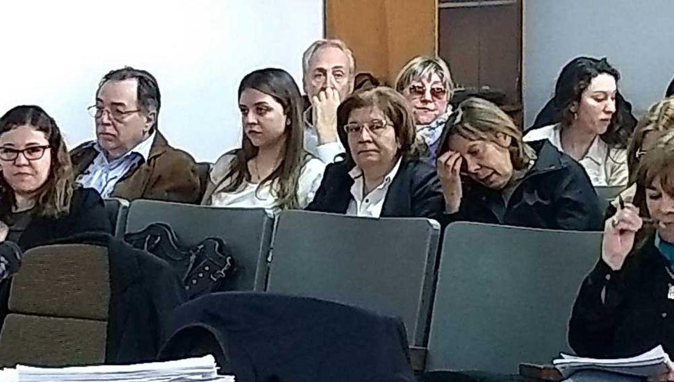 La familia, con angustia y dolor, presente en la sala de audiencias.