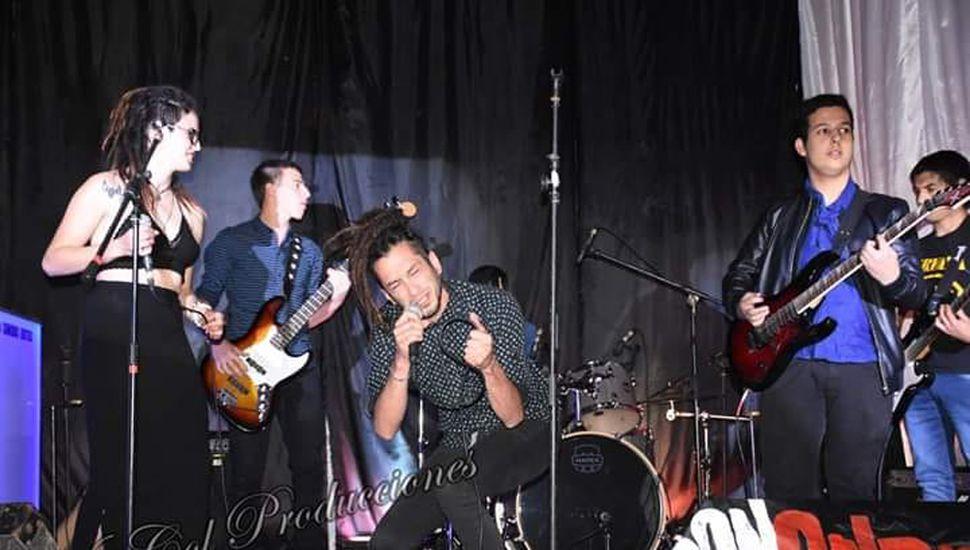 """Los locales, """"Don Orlando"""", participaron del """"Germania Primavera Festival Rock""""."""