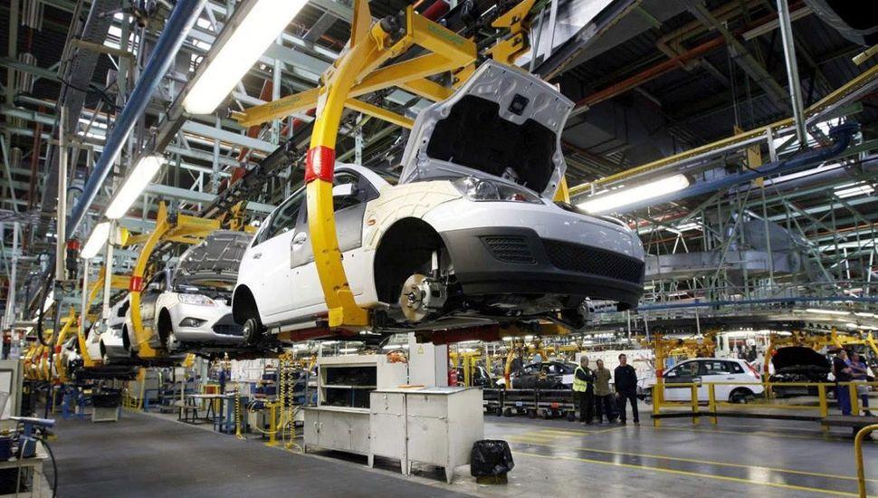 Comienza a regir una nueva política automotriz común con Brasil hasta 2029