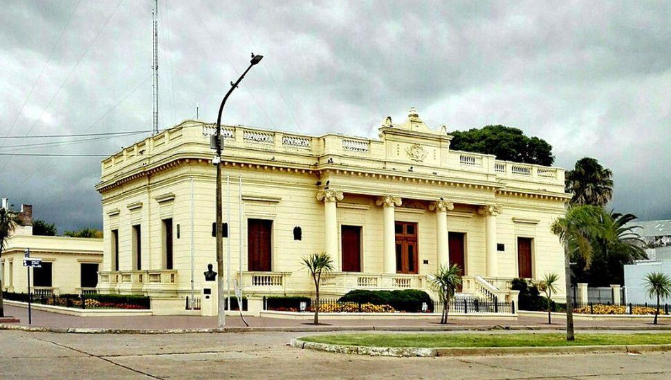 Pinto aumenta el sueldo a los empleados municipales