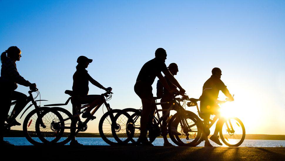 Organizan bicicleteada en Rojas para festejar la llegada de la primavera