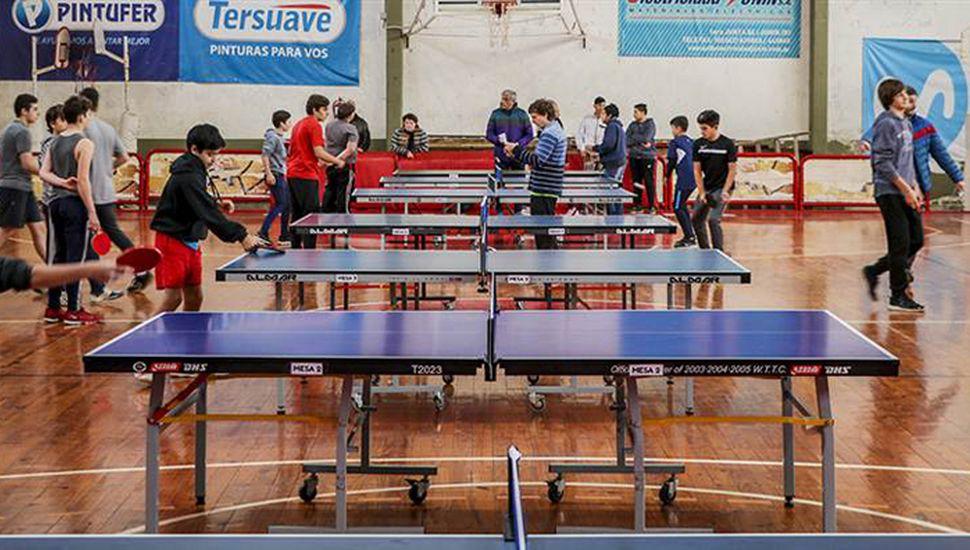La jornada de tenis de mesa se desarrolló en el Club Junín.