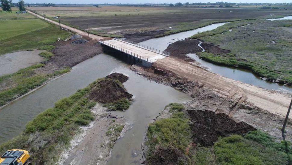 El nuevo puente ya está terminado y la habilitación es inminente.