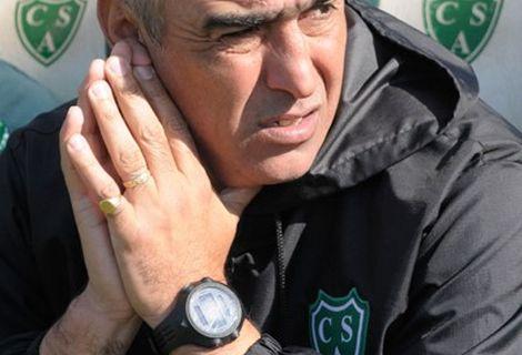 Sarmiento festejó en Córdoba y Delfino tendrá que resolver si el equipo que gana no se toca