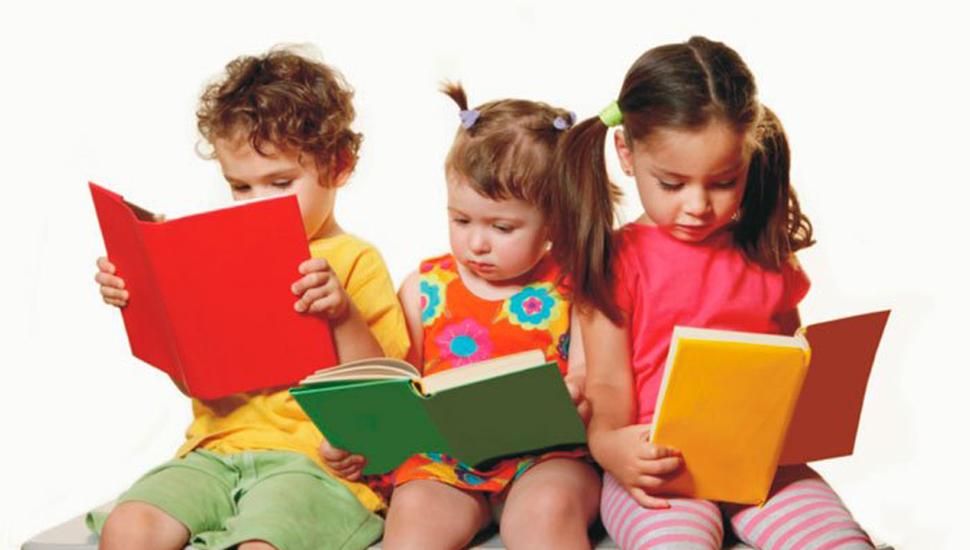 Casi la mitad de los niños no tiene libros en su casa y a 2 de cada 10 no le festejan su cumpleaños