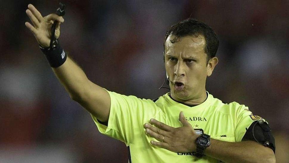 Darío Herrera, árbitro radicado en Lincoln, dirigirá Godoy Cruz-Gimnasia y Esgrima La Plata.