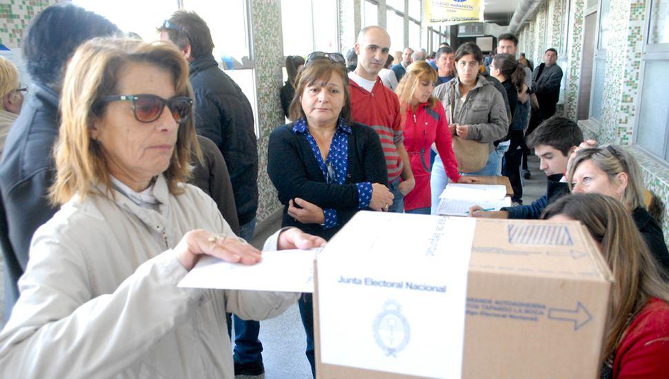 Las elecciones que se celebran hoy son las que cuentan con la menor cantidad de boletas desde el año 2011, que fue cuando se implementaron las PASO.