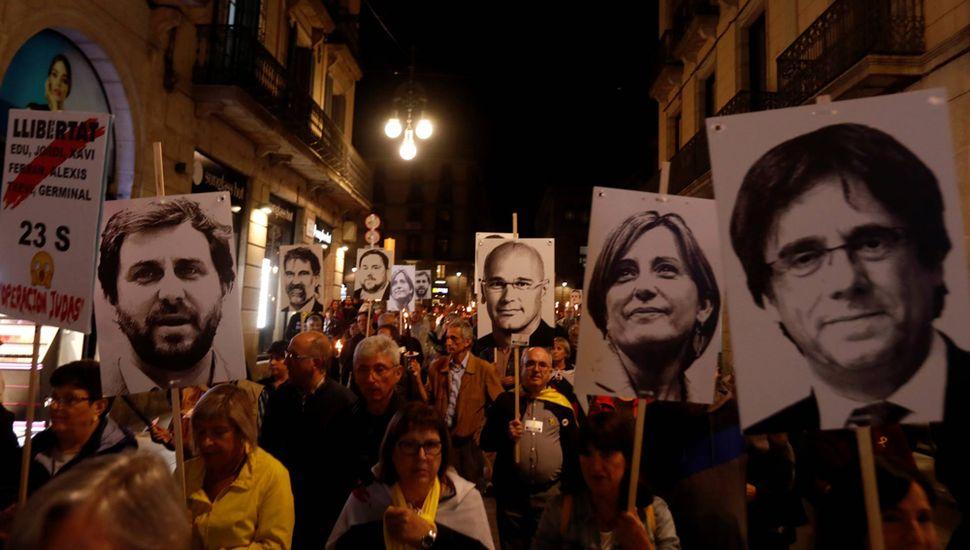 No cesan las multitudinarias protestas independentistas en Cataluña