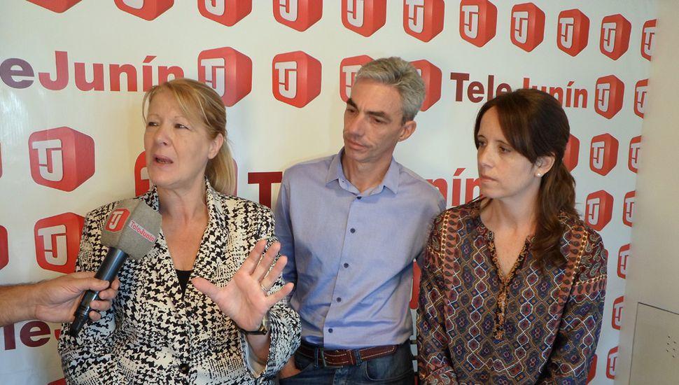 Stolbizer, Meoni y López, candidatos de 1País, ayer, participaron del ciclo Reporte Especial (TeleJunín).