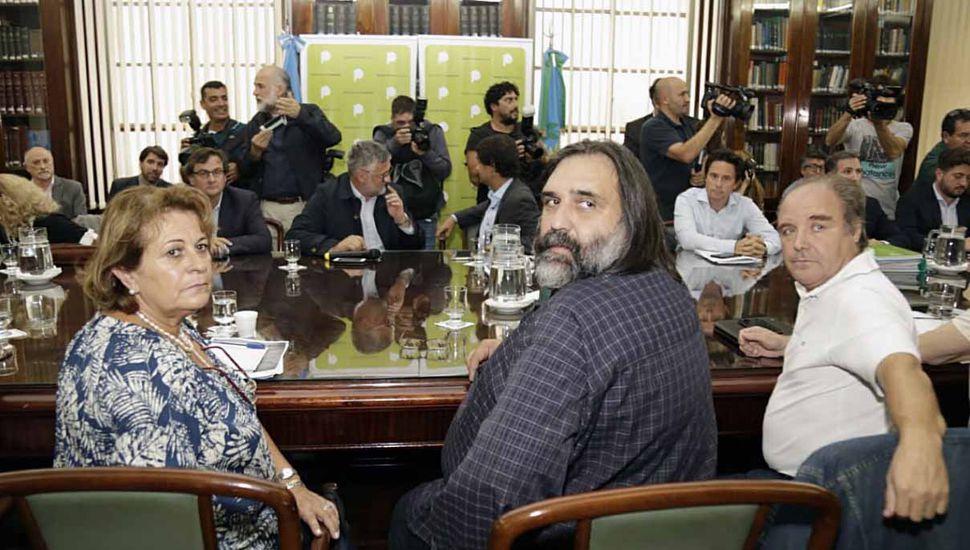 Gremios docentes rechazaron la nueva oferta salarial de Vidal