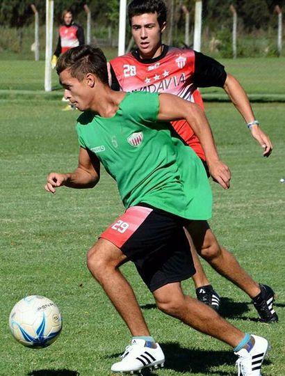 El delantero Gonzalo García Borda regresa a Rivadavia de Lincoln, para jugar el Nocturno 2021 de la Liga Deportiva del Oeste.