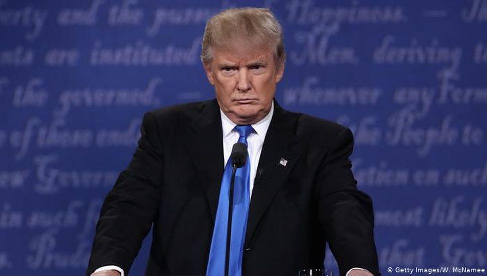 Trump exige a gobernador que autorice evento para formalizar su candidatura pese al covid-19