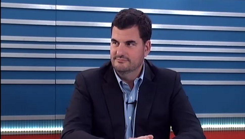 El secretario de Seguridad de la Nación, Eugenio Burzaco, ayer, en los estudios de TeleJunín.
