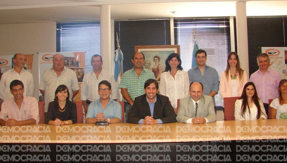 Franco Flexas presentó  a su equipo de gobierno