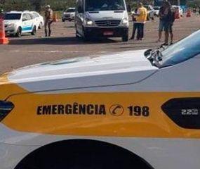 Un turista argentino llevaba a su suegra en el baúl y lo multaron en Florianópolis