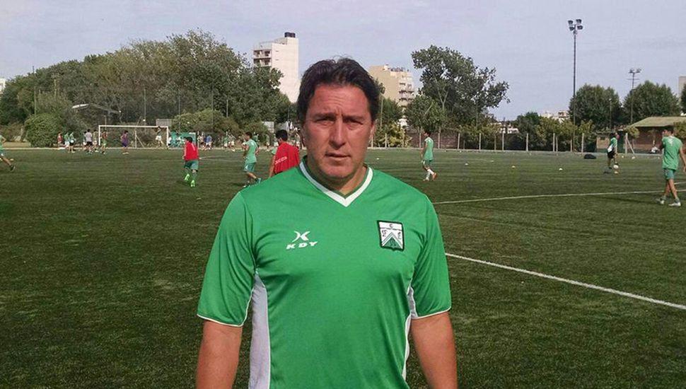 Jorge Cordon, DT de Ferro.