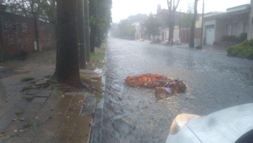La lluvia causa anegamientos en Junín y la Región