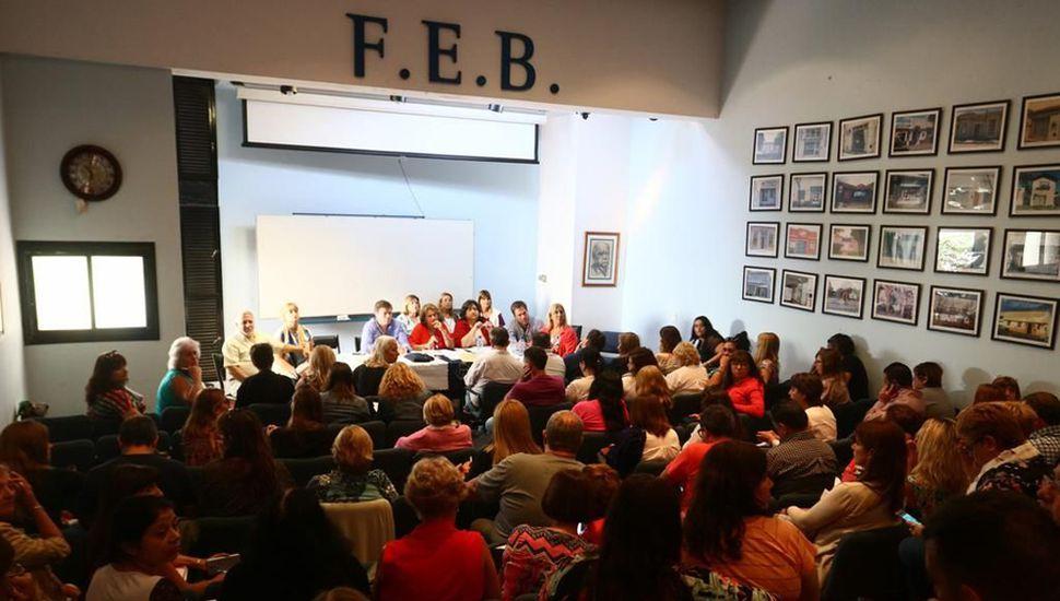 La FEB no quedó a la saga de los que anunciaron las medidas el jueves: su congreso provincial votó 72 horas de huelga.