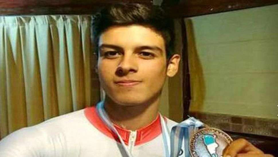 Juan Antonio Salazar logró varias medallas en el Argentino de Pista, representando a la Asociación Ciclista Juninense.