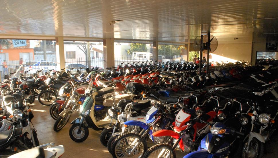La falta de créditos accesibles conspira contra la venta de motos.