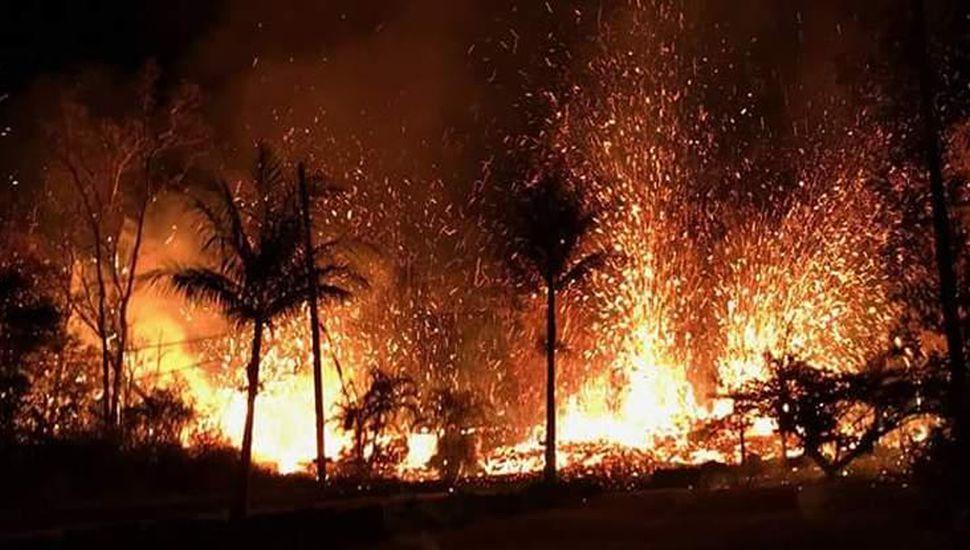 Hawái: miles de evacuados por sismo que abrió nuevas grietas