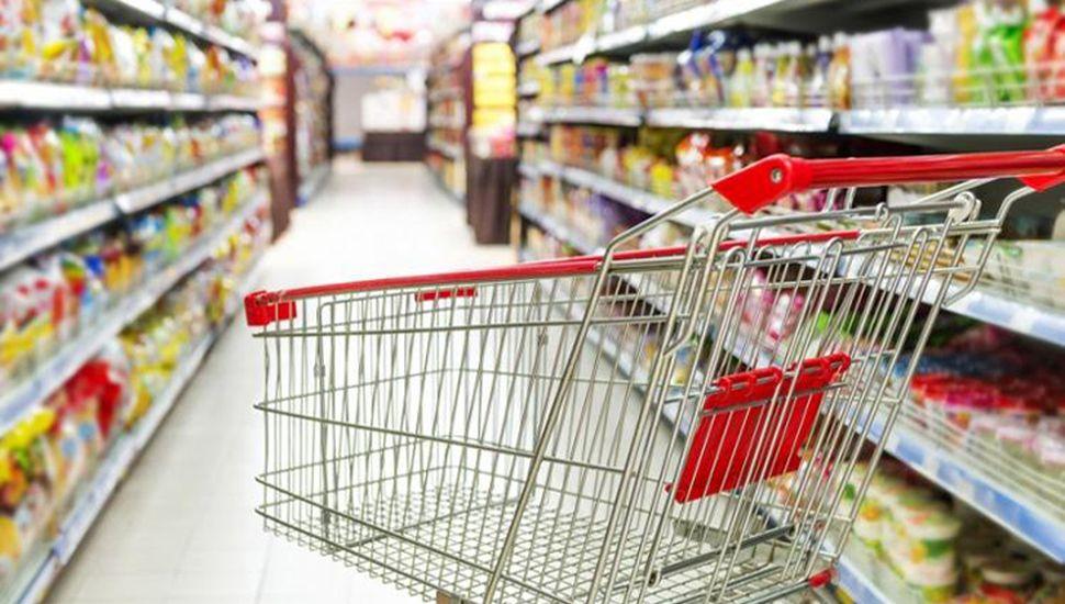Los supermercados llegaron a los 13 meses con caídas en las ventas