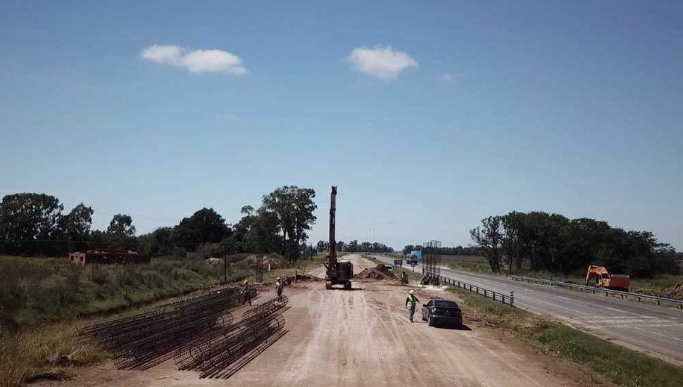 La autopista en la travesía urbana es construida bajo el sistema PPP.