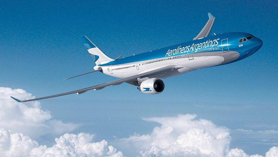 Anuncian la fusión de Aerolíneas Argentinas y Austral Líneas Aéreas