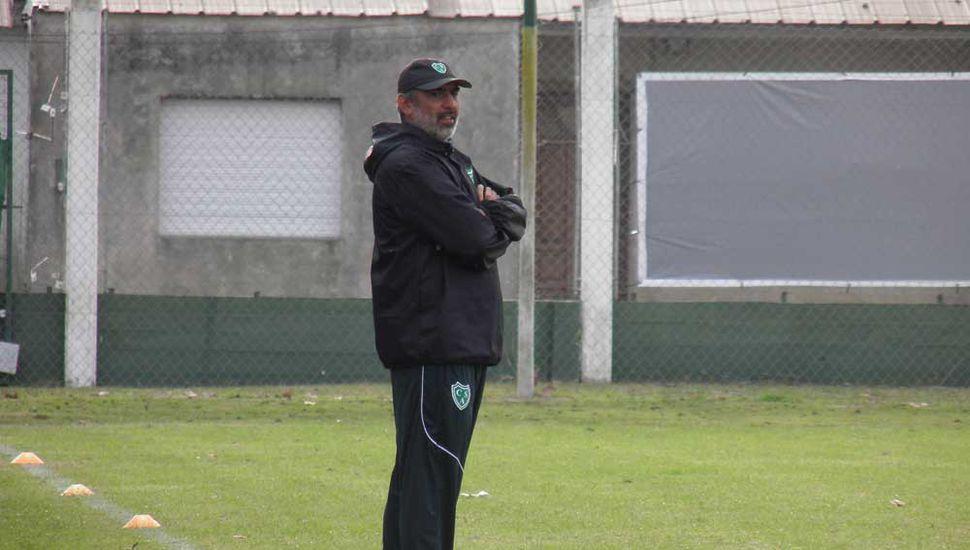 No los toca.  Iván Delfino, el DT del Verde apostará al mismo equipo que le ganó el sábado pasado a Independiente Rivadavia de Mendoza.