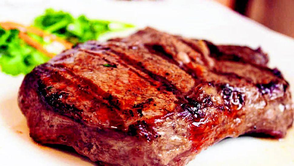 Los especialistas señalan que si un bife tiene de 7 a 8 milímetros de espesor de grasa, estaría garantizada su terneza.
