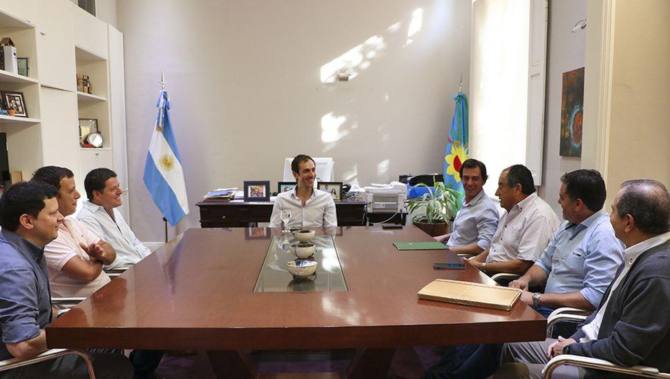 Petrecca se reunió con la nueva comisión de Comercio e Industria