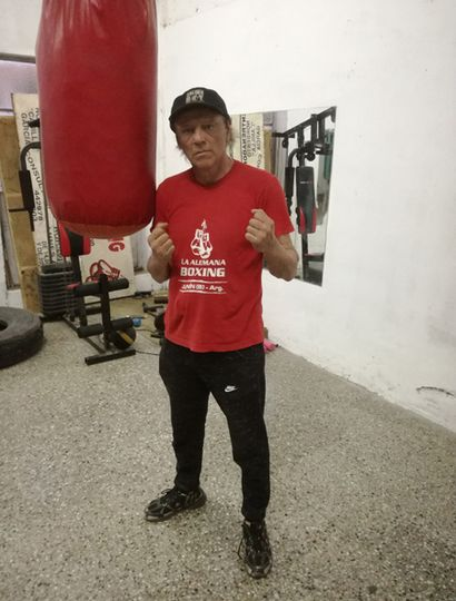 """El ex boxeador Norberto """"Canilla"""" García hoy es un referente en el entrenamiento de este deporte en Junín."""