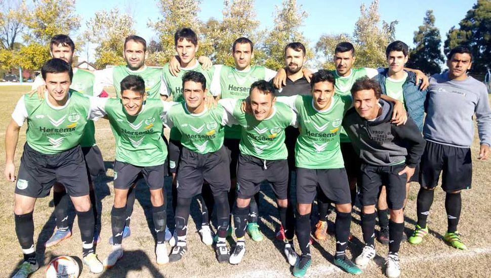 Equipo de primera división de Sportivo Sarmiento de Germania que ganó 2 a 1 como visitante.