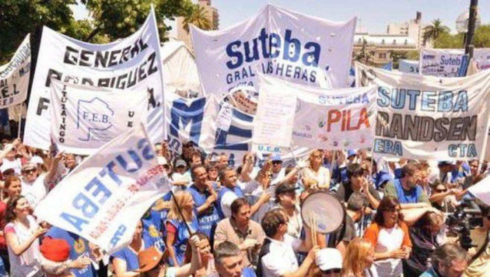 """Suteba resolvió en plenario """"profundizar la lucha"""""""