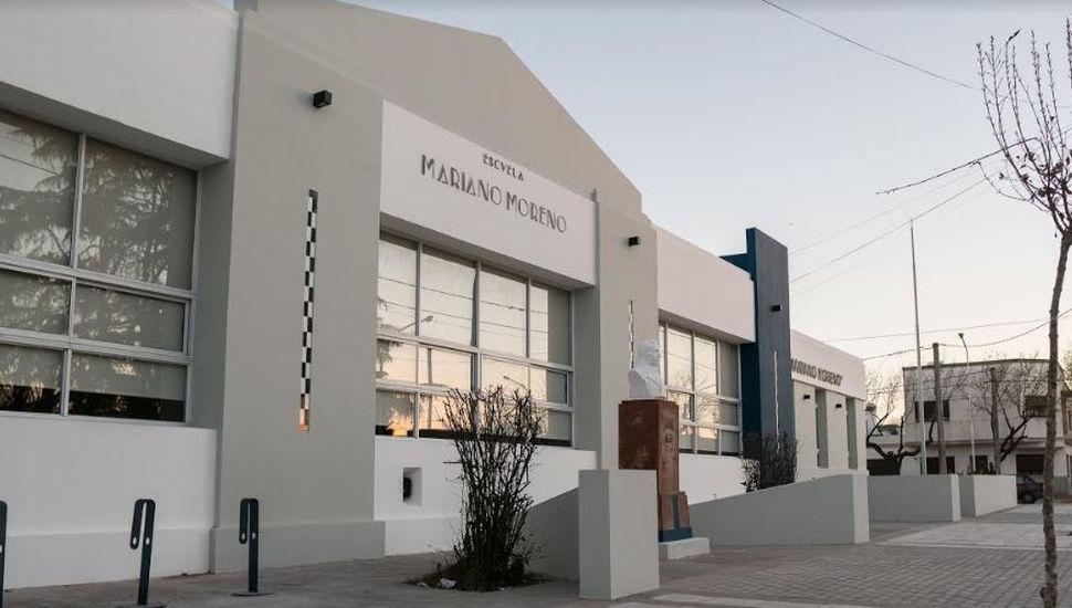 El intendente Franco Flexas reinauguró la Escuela 3