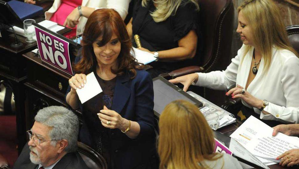La Justicia cercó a Cristina, pero evitarán su desafuero