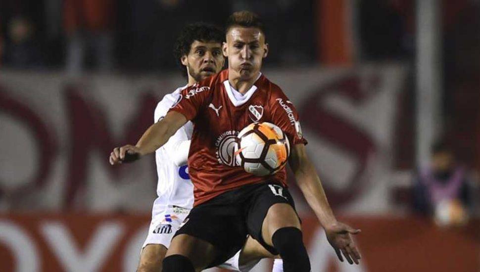 El Rojo juega frente al Santos en un partido caliente