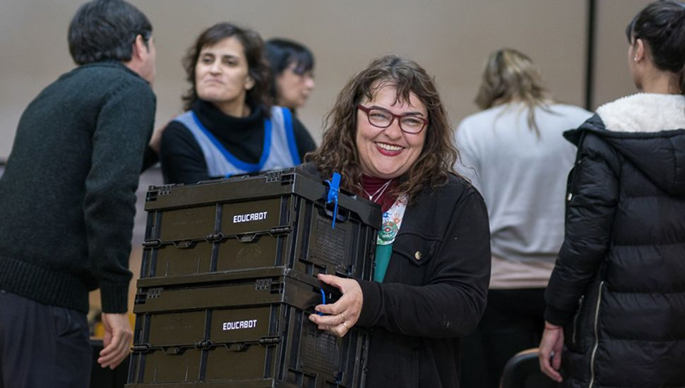 Algunas escuelas recibieron kits de robótica.