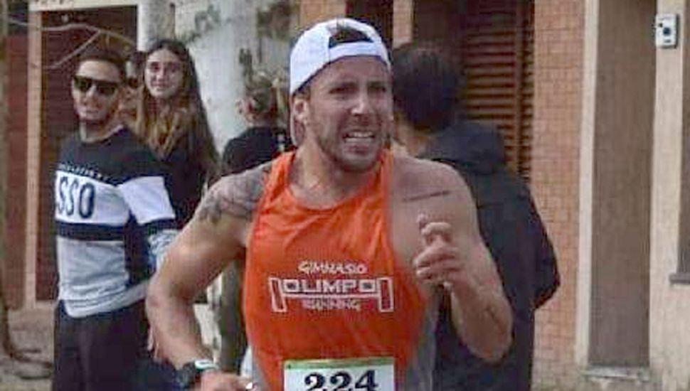El atleta juninense Patricio Yende en plena competencia en Bragado, donde cumplió buena tarea.