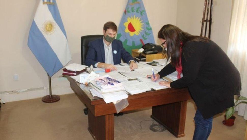 Educación: firman convenio para garantizar conectividad