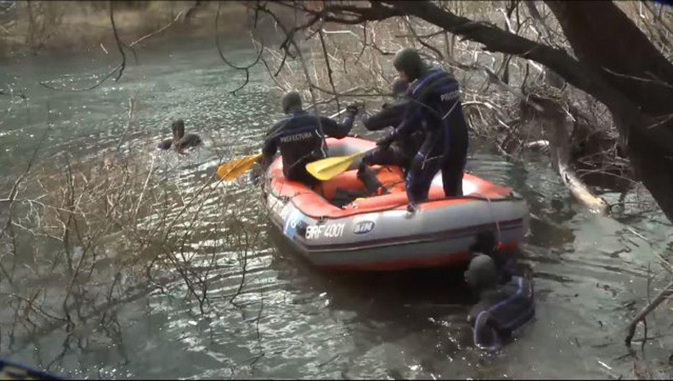 Santiago Maldonado apareció muerto en el lecho del río Chubut tras permanecer desaparecido desde el 1 de octubre, cuando los mapuches fueron reprimidos por Gendarmería.