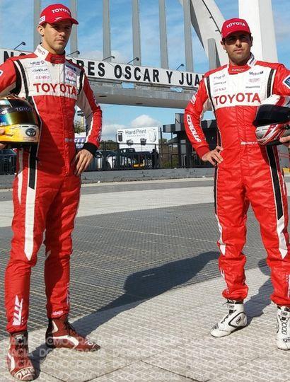 Rossi, junto a Ponce de León, piloto juninense que regresa al Top Race V-6 con el equipo Toyota Gazoo Racing.