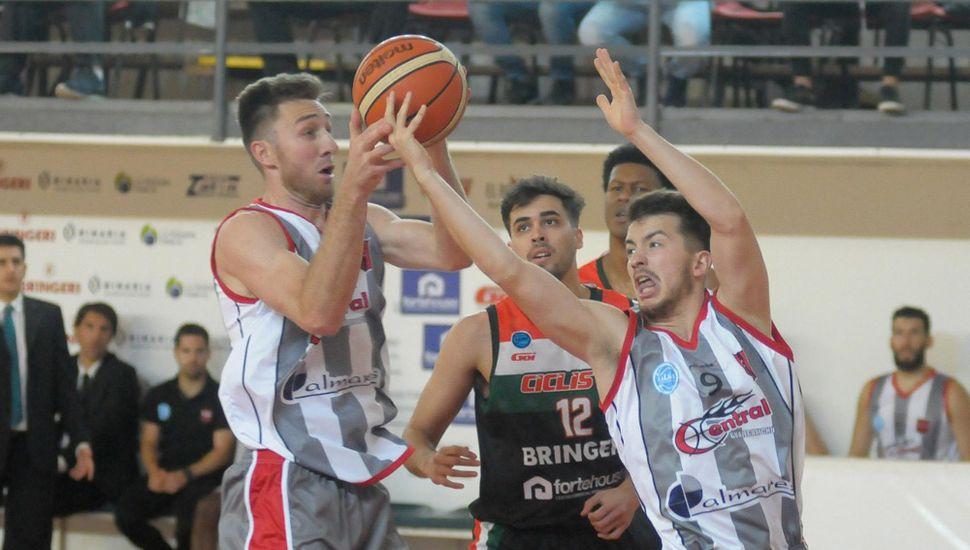 Una imagen del último partido disputado en Junín.