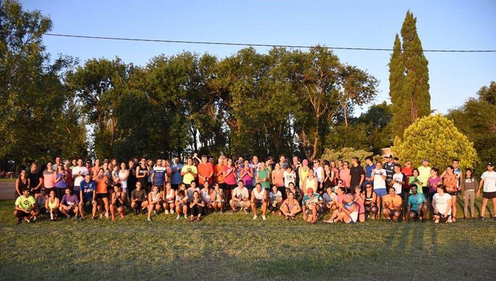 Más de 250 atletas participaron de la jornada de entrenamiento físico.